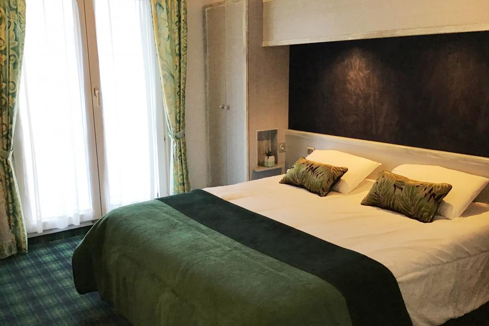 Double room Hotel Christ Roi 4 star Lourdes