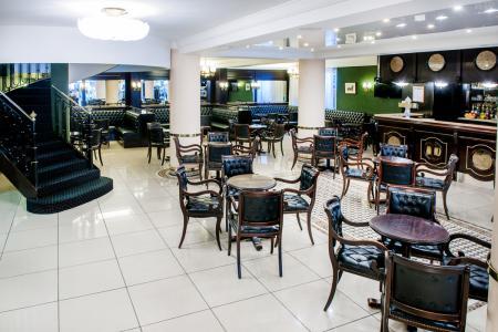 El bar Hotel Christ Roi Lourdes
