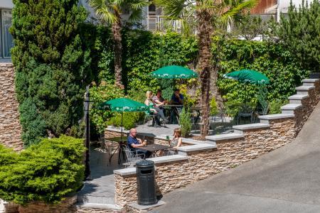 Terrasse extérieure Hotel Chist Roi Lourdes