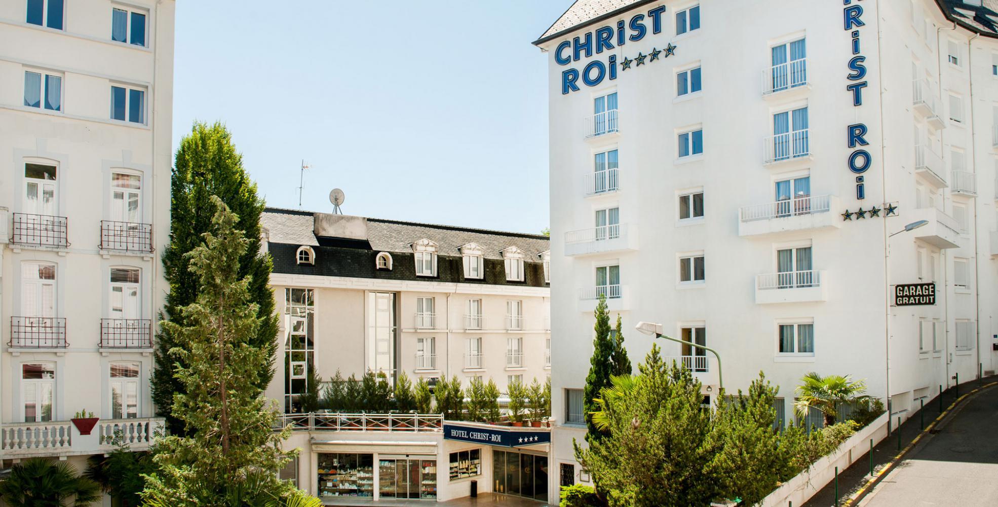Vue exterieur Hotel lourdes Christ Roi